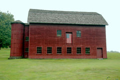PA Barn. A large barn adorned with the American flag Stock Photo
