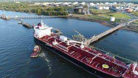 PA chimique du fleuve Delaware Philadelphie de bateau-citerne d'huile banque de vidéos