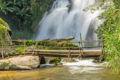 Pa Dok Seaw瀑布, Inthanon山 库存图片