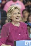 PA: Hillary Clinton Campains samlar n Philadelphia Royaltyfria Bilder