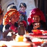 Pa-o stamvrouwen, Myanmar Royalty-vrije Stock Afbeelding