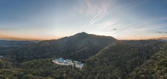 PA PHU KON, templo tailandés en la montaña, Udon Thani de WAT, tailandés Foto de archivo