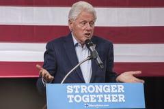 PA: Prezydent Bill Clinton dla Hillary Clinton w Błękitnym Bell Fotografia Royalty Free