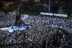 PA : Secrétaire Hillary Clinton et sénateur Tim Kaine Campaign Rally à Philadelphie Photos stock