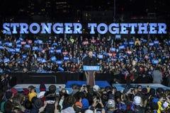 PA: Secretaresse Hillary Clinton & Senator Tim Kaine Campaign Rally in Philadelphia Royalty-vrije Stock Afbeeldingen