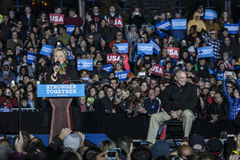 PA: Secretaresse Hillary Clinton & Senator Tim Kaine Campaign Rally in Philadelphia Royalty-vrije Stock Fotografie