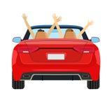 Paar in auto het drijven met opgeheven wapens Stock Foto