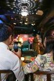 Paar in bar Stock Afbeeldingen