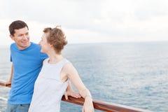 Paar bij cruise Stock Fotografie