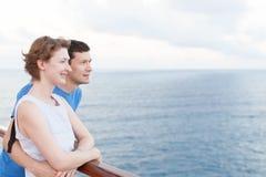 Paar bij cruise Royalty-vrije Stock Foto's