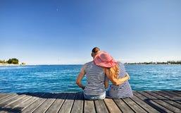 Paar bij het Meer van Issyk Kul Stock Foto's