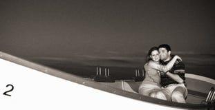 Paar bij het strand stock foto's
