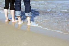 Paar bij het strand Royalty-vrije Stock Foto