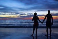 Paar bij Zonsondergang Stock Foto