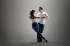 Paar dansende sociale danse royalty-vrije stock foto
