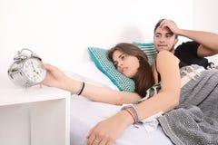 Paar dat het alarm uitzet Stock Fotografie