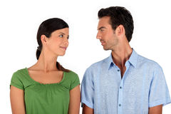 Paar dat oogcontact opneemt royalty-vrije stock foto