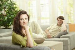 Paar dat thuis rust Stock Foto