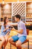 Paar in de staaf Stock Fotografie
