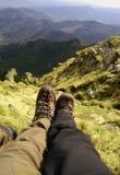 Paar die het landschap bewonderen Royalty-vrije Stock Foto
