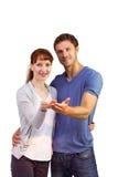 Paar die hun handen standhouden Royalty-vrije Stock Fotografie