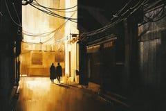 Paar die in steeg bij nacht lopen royalty-vrije stock afbeeldingen