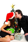 Paar door Kerstboom stock afbeelding
