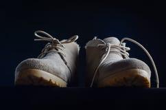 Paar gebruikte schoenen Royalty-vrije Stock Fotografie