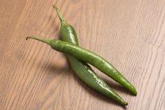 Paar groene Spaanse peper Stock Foto's