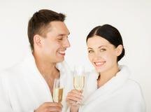 Paar in kuuroord Royalty-vrije Stock Fotografie