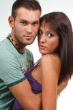 Paar in liefde over donkere achtergrond Royalty-vrije Stock Fotografie