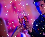 Paar met champagne royalty-vrije stock foto