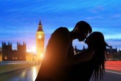 Paar met de Big Ben Royalty-vrije Stock Afbeeldingen