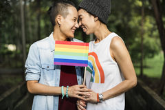 Paar-Moment-Glück-Konzept LGBT lesbisches stockfotografie