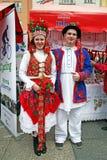Paar in nationale kostuums, de markt van de provincie van Karlovac, Zagreb 2016 Stock Foto