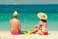 Paar op een strand stock foto