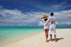 Paar op een strand in de Maldiven Royalty-vrije Stock Fotografie