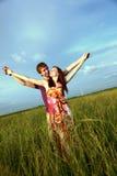 Paar op Gebied Stock Foto