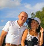 Paar op middelbare leeftijd in openlucht Stock Foto