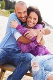 Paar op middelbare leeftijd in openlucht Stock Fotografie