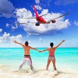 Paar op tropische vakantie royalty-vrije stock afbeelding