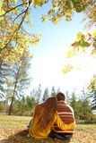 Paar in park Stock Fotografie