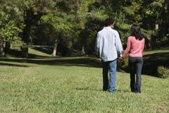 Paar in park. Stock Fotografie