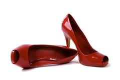 Paar Schoenen 2 van de hoog-Hiel van Rode Vrouwen Stock Afbeelding
