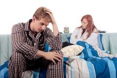 Paar, slaapkamerdepressie stock afbeelding