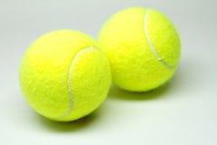 Paar tennisballen Stock Afbeeldingen