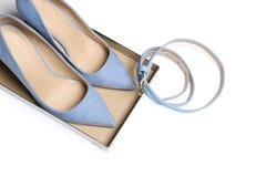Paar van de schoenen en de riem van de dame royalty-vrije stock foto