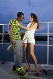 Paar van minnaars op haven royalty-vrije stock foto's