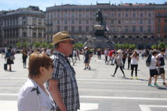 Paar van turists in Milaan royalty-vrije stock foto's