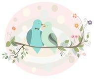 Paar van vogels in liefde op een tak Stock Afbeelding